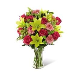 Bouquet de rosas liliums y claveles