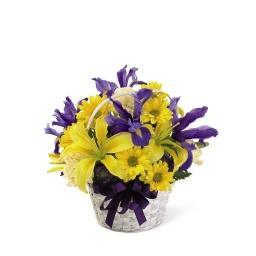 Canasta en tonos amarillos y violeta