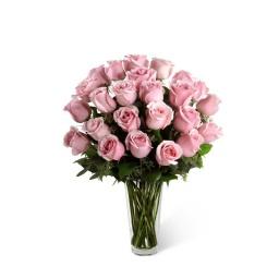 Florero con 24 rosas rosadas