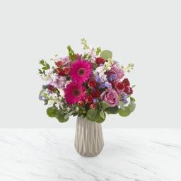 Florero en tonos fuxias y lilas