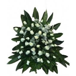 Palma de rosas naturales blancas