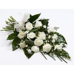 Ramo con 12 rosas blancas
