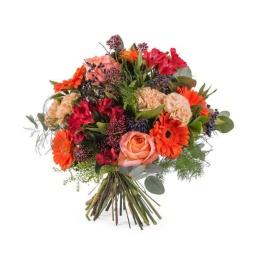 Ramo de flores variadas en tonos fuertes