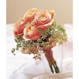 Ramo de novia con rosas salmón